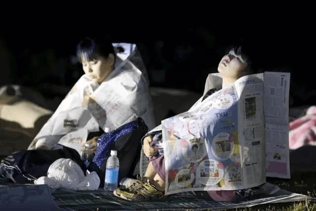 地震自救必读!睡觉时哪些物品放枕边?如何解决饮食问