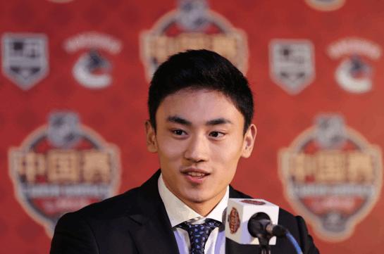 宋安东:能在中国看NHL很激动 冰球发展需要时间