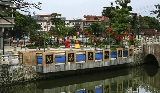闹市中,禅城这个村庄居然私藏了九百多年的美景?