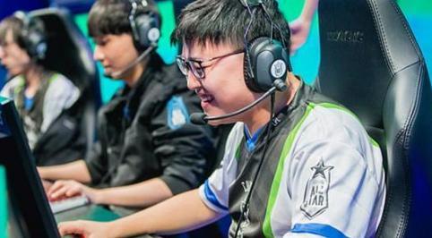 LPL春季赛-RNG和IG打响揭幕战 小狗会登场吗?