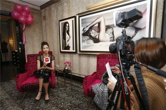 雎晓雯专访:维密超模的长腿这样练成!