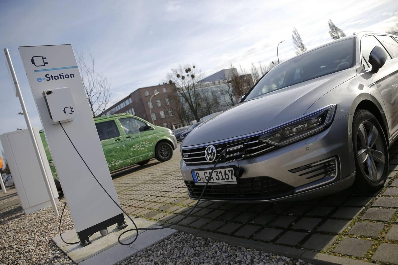 英国提出新法案鼓励支持购买使用电