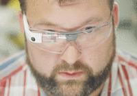谷歌眼镜重新杀回来了,不过仅限于在车间和医院