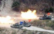 韩美两国举行联合实弹军演