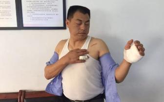 凌晨咸宁一商店被盗 47岁保安与持刀窃贼殊死搏斗