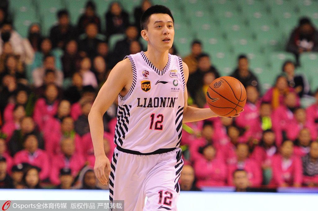 杨鸣宣布退役引爆篮球圈 辽篮:他表达自己的情感