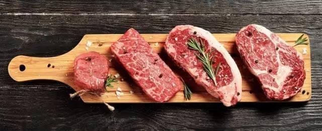 美国牛肉来华遇尴尬:卖不出去 超市员工分着吃了