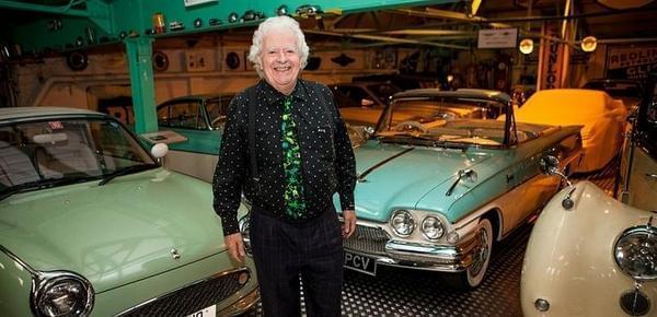 年近八旬富商收藏350辆老爷车 价值3.4亿元