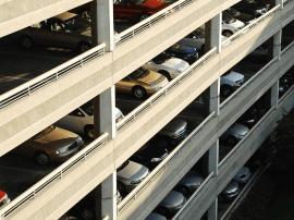 东泰路立体停车场12月试运行 拥有306个泊位