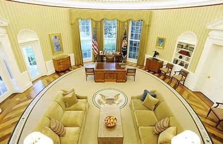 拉特朗普下马?NBA或将免费赠送一个美国总统