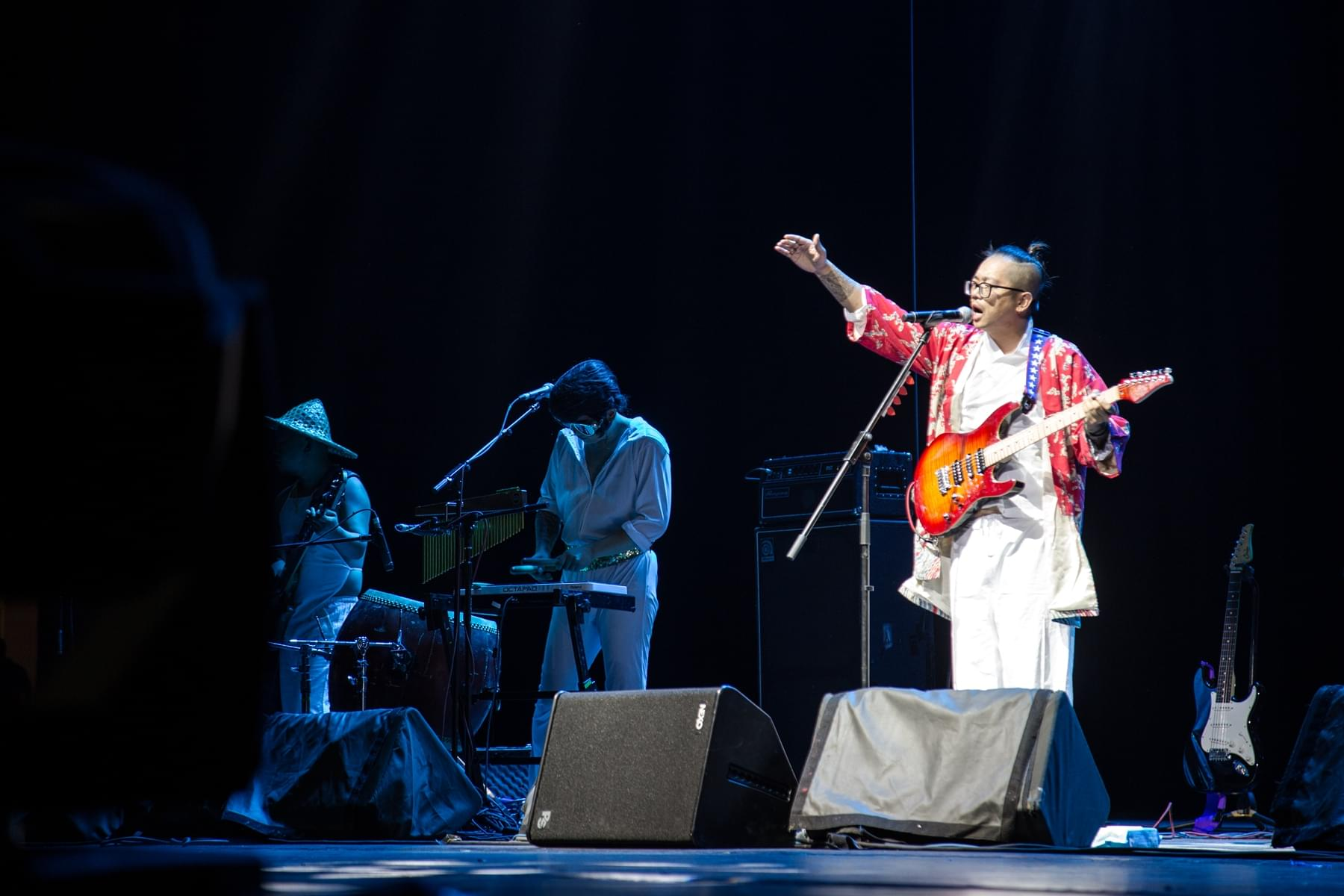 南无乐队巡演嗨翻北京沈阳 摇滚尬舞撩动全场