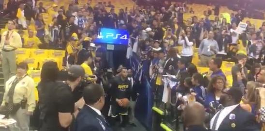 【影片】全力回歸!Stephen Curry再中通道遠投,還是熟悉的配方!-Haters-黑特籃球NBA新聞影音圖片分享社區