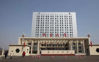长治县政务服务中心:信息多跑路 百姓少跑腿