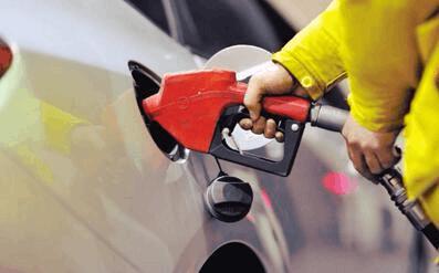 成品油价迎年内最大涨幅 加满一箱汽油多花超10元