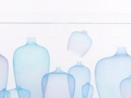 你见过这种随波逐流的超薄花瓶吗?