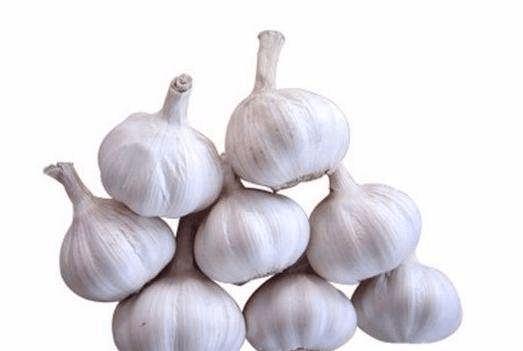 吃大蒜对胃有好处吗?大蒜虽好,但这几类人不能吃