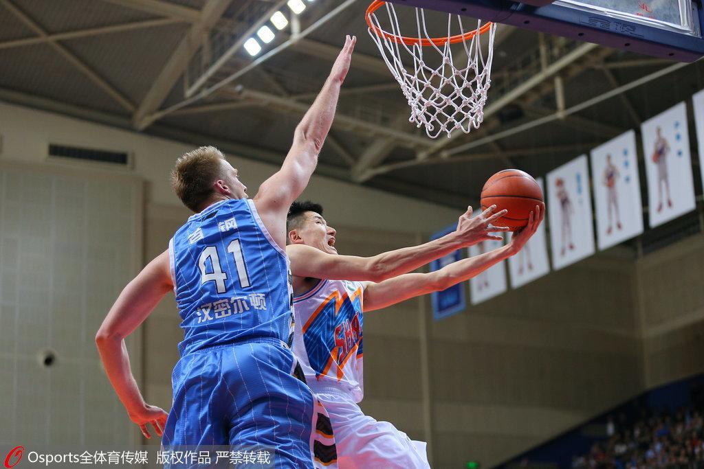 上海老炮儿赛季初被球队忽视 默默坚守终迎爆发