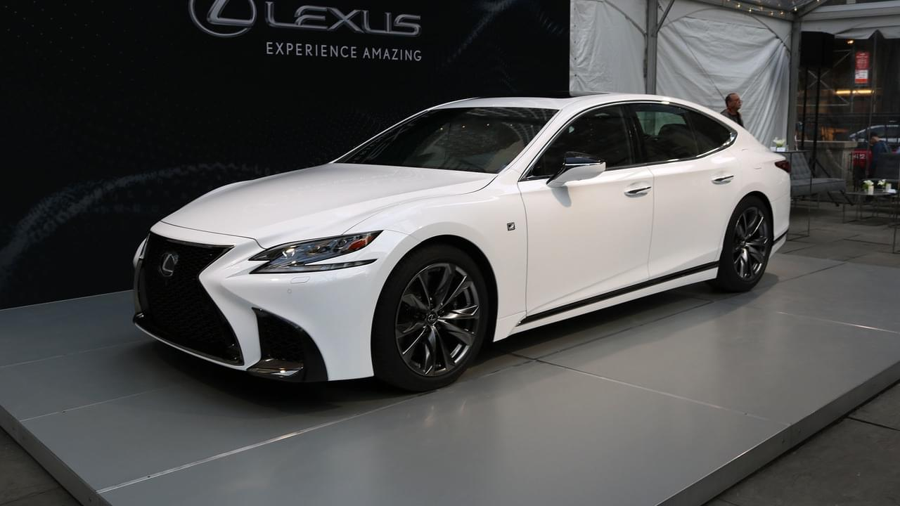 LS F/RX七座版等 雷克萨斯东京车展阵容