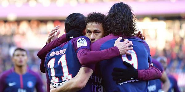 内马尔传射卡瓦尼2球 巴黎5-2仍12分领跑