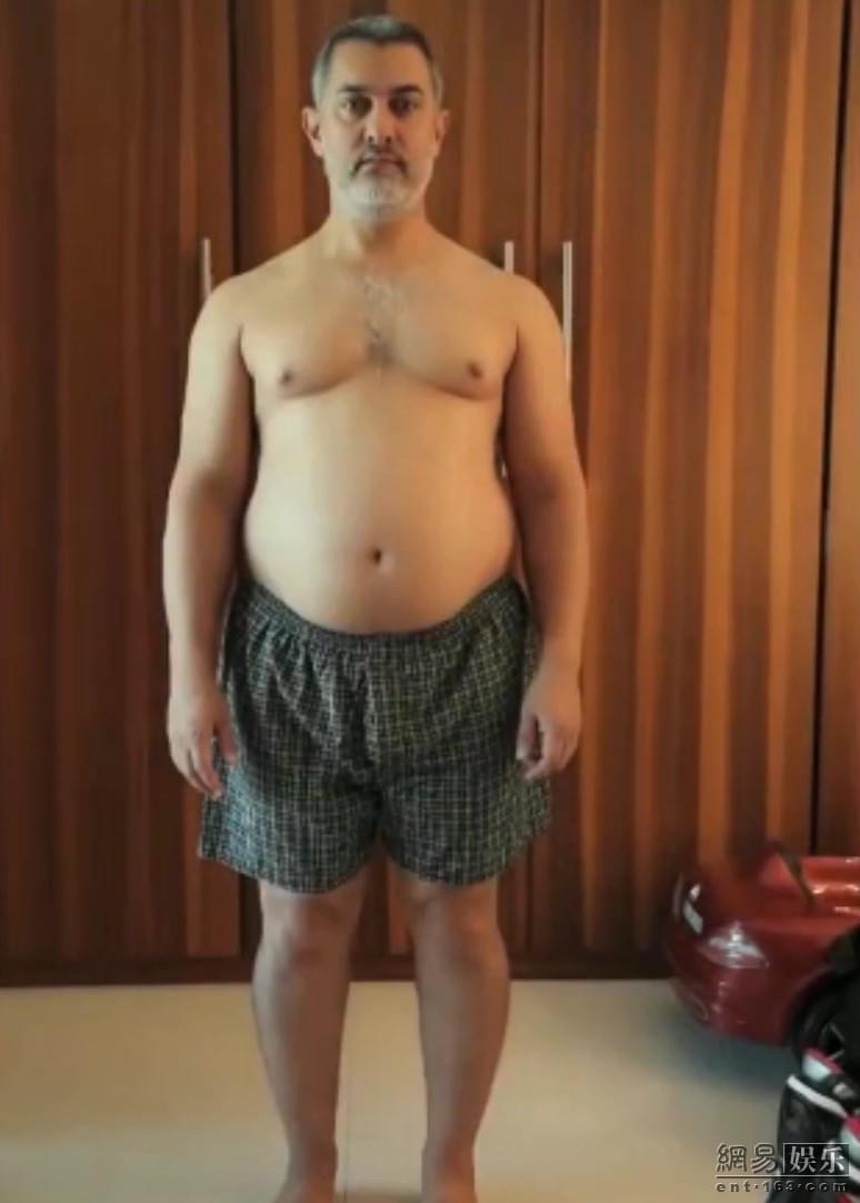 """51岁印度男星5个月狂减50斤 秒变""""小鲜肉"""""""