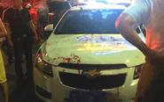 男子因停车纠纷聚众砸店伤人 场面血腥