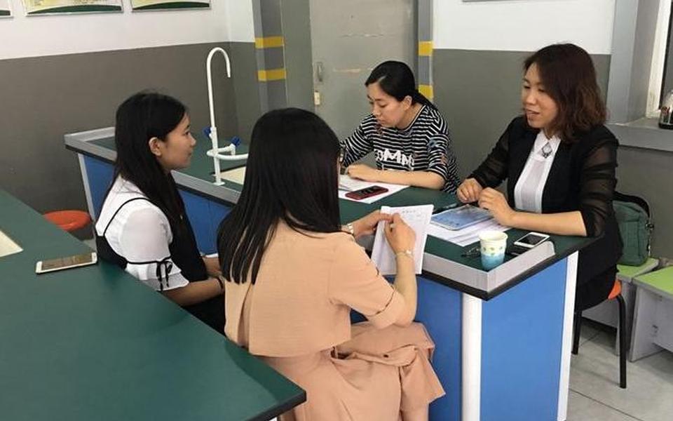 专业引领促进青年教师成长