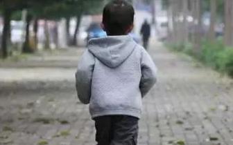 鹰潭一男孩年三十离家出走 徒步4个多小时