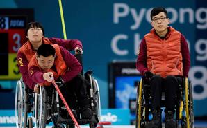 中国轮椅冰壶胜挪威 夺冬残奥首金