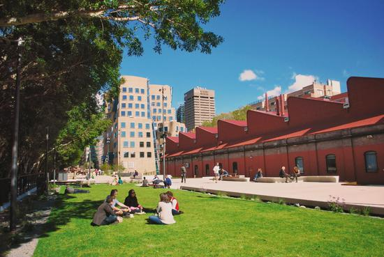 悉尼科技大学商学院大楼及The Good Line
