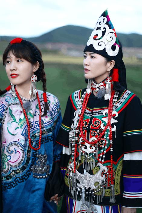 谭维维探秘彝族出嫁民俗 许愿与母亲一同出嫁