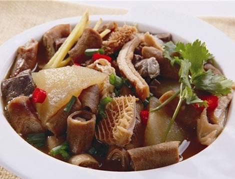 """人均十几块,吃遍全广州最""""正""""的10家萝卜牛杂!"""
