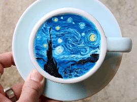 韩国咖啡师拉花做成艺术品 不信有人舍得喝掉它