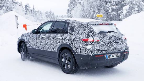 与众不同的奔驰 纯电动SUV车型EQC谍照曝光