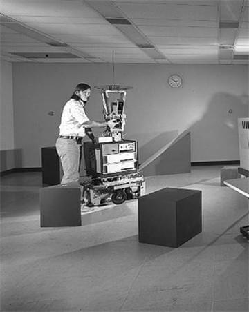 全球首款移动智能机器人是如何诞生的?