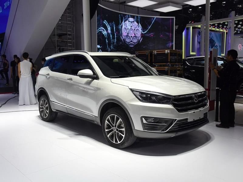 搭1.5T/定位紧凑SUV 汉腾X5明日正式上市
