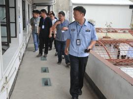 台州:肿瘤医院党员干部到看守所开展法制教育