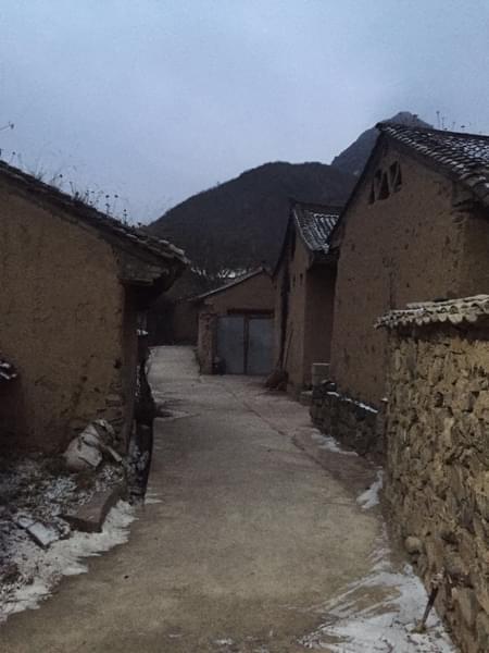 雪后的小村