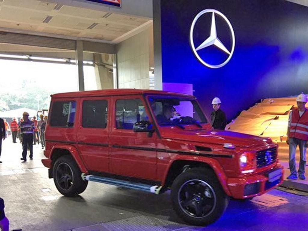红色车身 奔驰G级特别版现身车展展馆