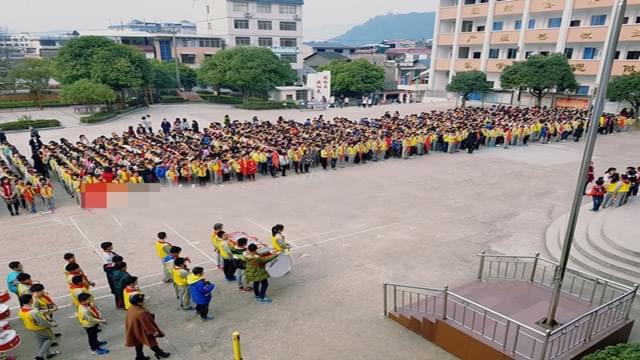 """均衡发展中的桂林""""标配学校"""""""