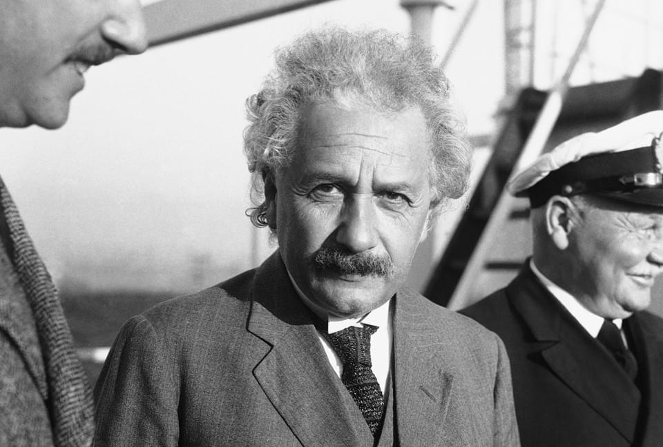 为了反抗希特勒 科学家爱因斯坦做了他该做的