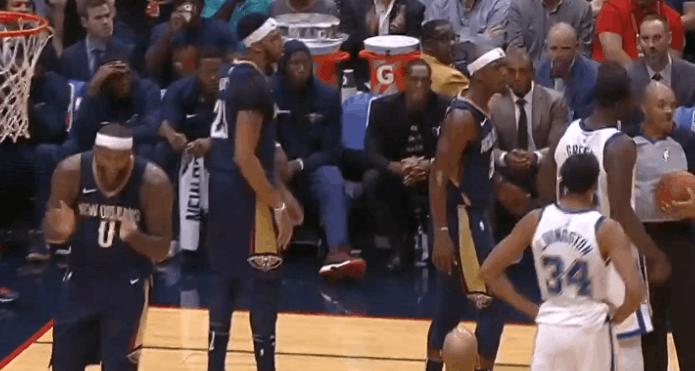 【影片】Draymond Green怒推表弟吃技術犯規  表弟開心給裁判鼓掌-Haters-黑特籃球NBA新聞影音圖片分享社區