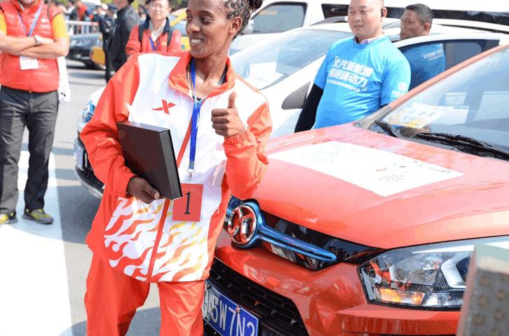 扬州半马鸣枪 埃塞俄比亚包揽男女冠军