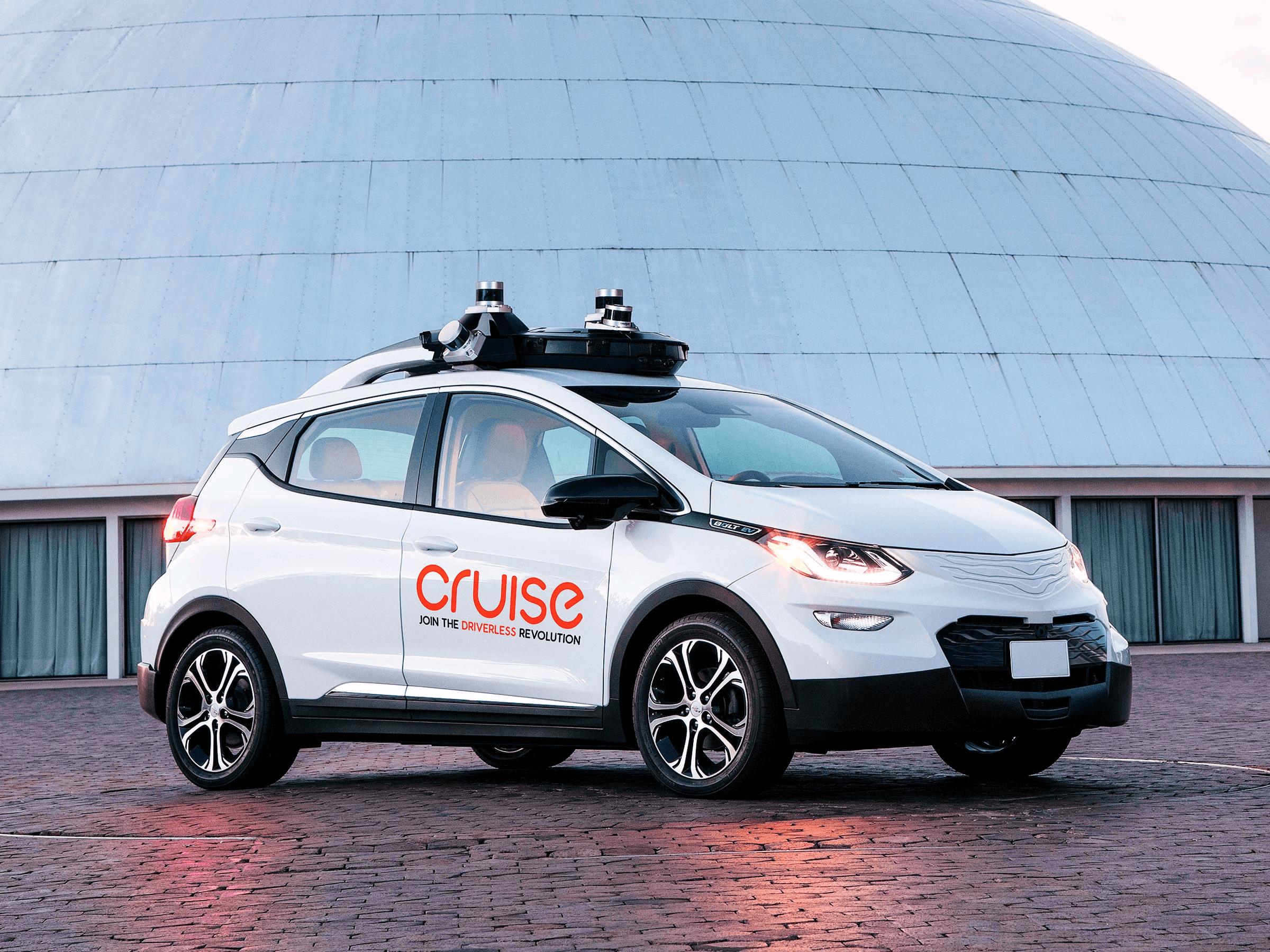 通用自主开发无人驾驶汽车首次公开试驾!
