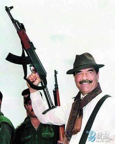 伊拉克前总统萨达姆也是AK-47的忠实粉丝