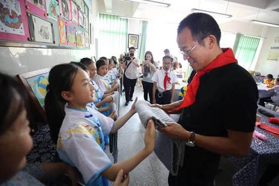俞敏洪:乡村教育是我永远会牵挂的事