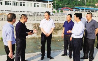 黔江区长徐江:从源头上彻底解决水环境问题