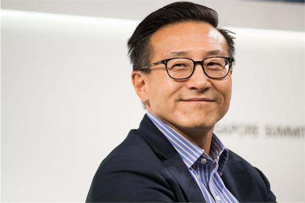 蔡崇信:许多美国人希望阻止中国发展科技