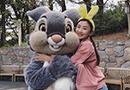 何雯娜游览东京迪士尼