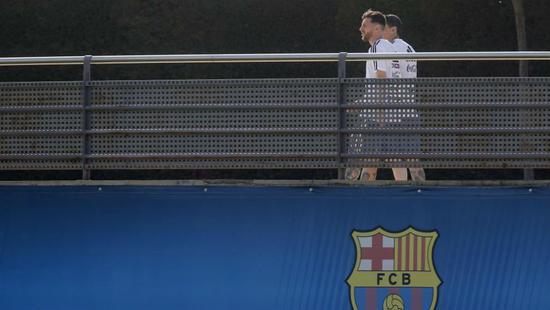 训练射20脚任意球进18个!梅西你把队友快打哭了!