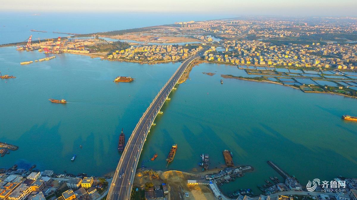 海南59国入境免签政策实施满月 游客达2.4万